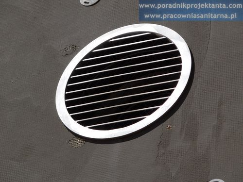 Czerpnia powietrza instalacji wentylacji mechanicznej w domu jednorodzinnym