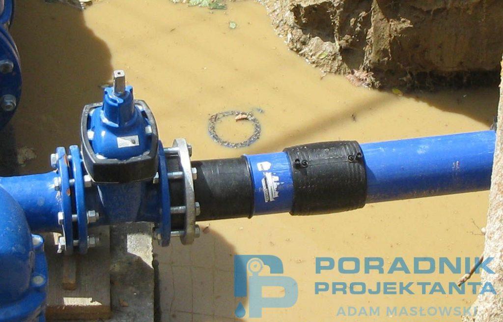 Sieć wodociągowa DN300 - węzeł wodociągowy