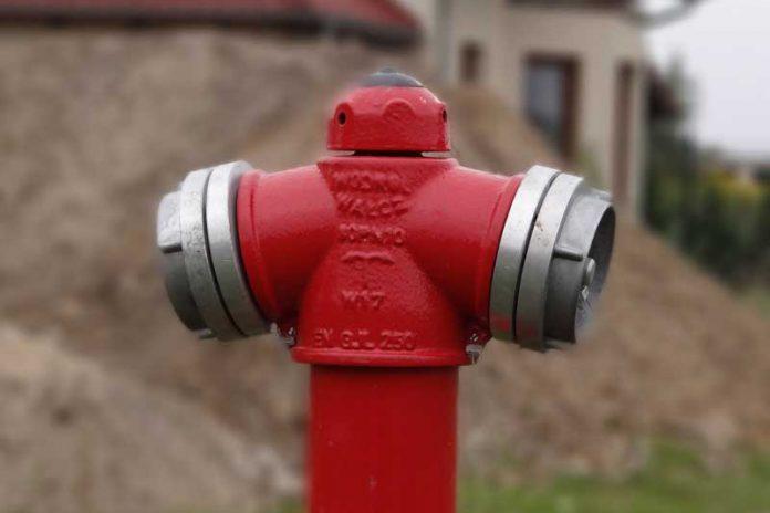 Hydrant zewnętrzny przeciwpożarowy