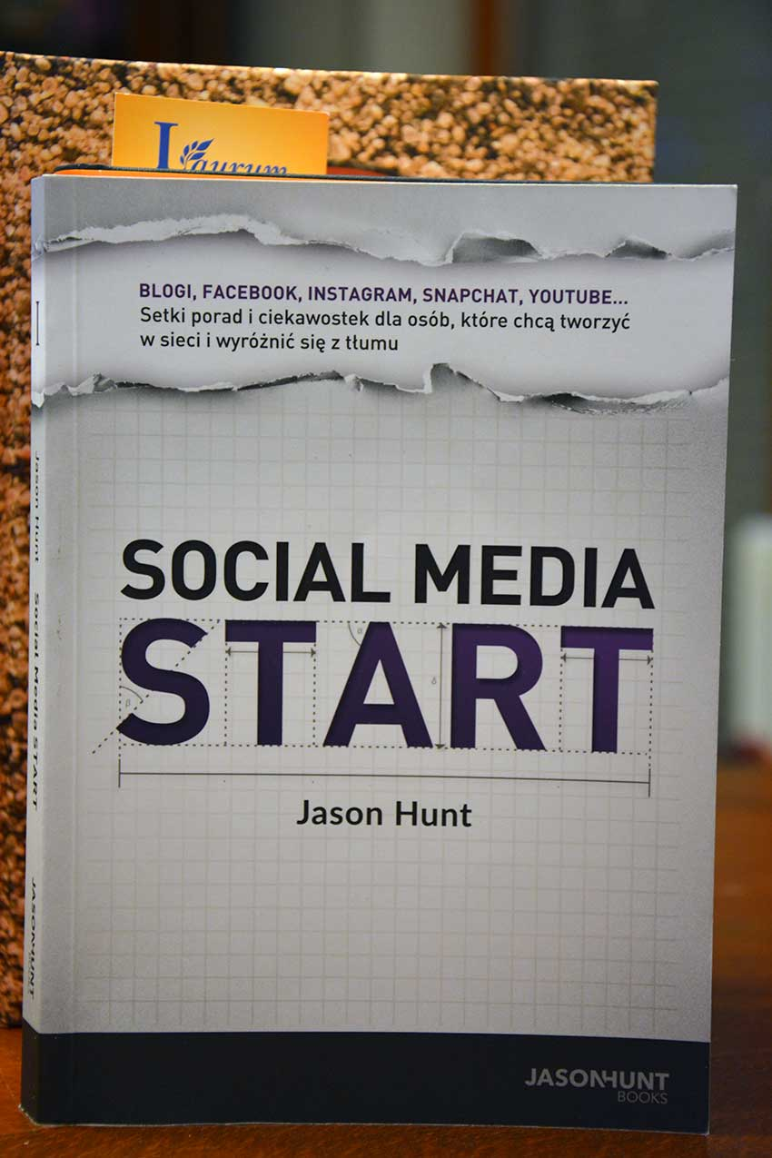 """SOCIAL MEDIA START"" Jason Hunt (Tomek Tomczyk)"