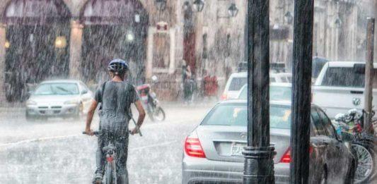 Jak wyznaczyć miarodajne natężenie deszczu w Polsce Źródło: canva.com
